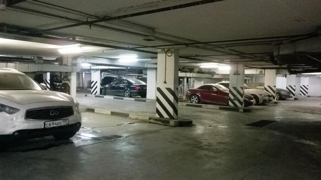 Гараж-бокс 36 кв.м на 2 авто в подземном паркинге. м.По, 3000000 руб.