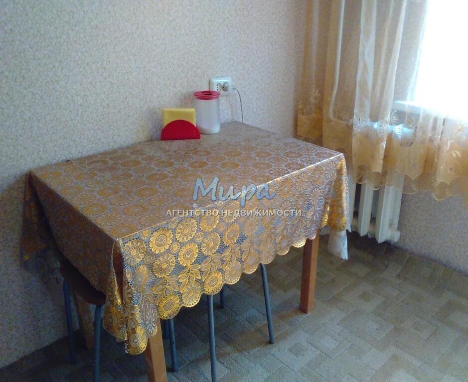 Дзержинский, 1-но комнатная квартира, ул. Дзержинская д.17, 22000 руб.