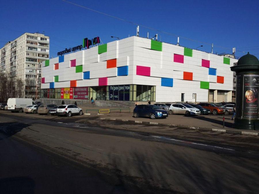 Торговое помещение 90 кв.м. в аренду в прикассовой зоне Перекрестка с ., 60000 руб.