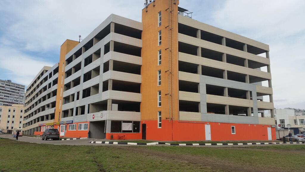 Продаётся машино-место на 1-уровне в Строгино, 430000 руб.