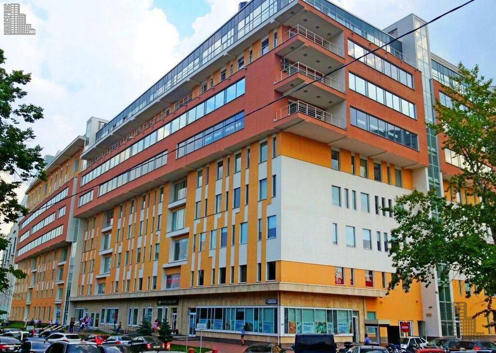 Офис 68 метров в бизнес-центре у метро Калужская, парковка, охрана, 15882 руб.