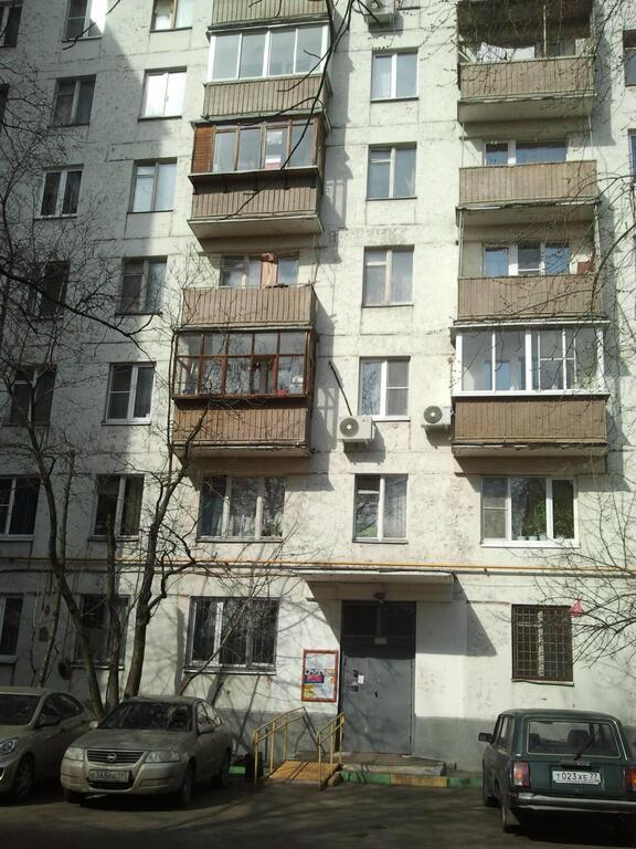 1/2 доли в Двухкомнатной квартире м.Кузьминки, 2500000 руб.