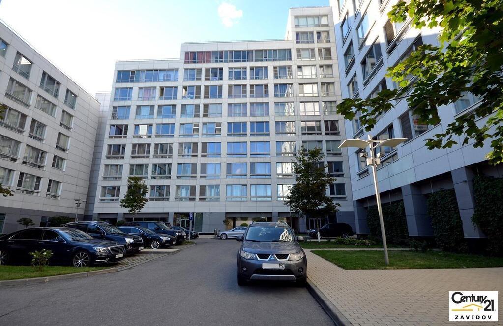 Москва, 3-х комнатная квартира, ул. Усачева д.2 с3, 122900000 руб.