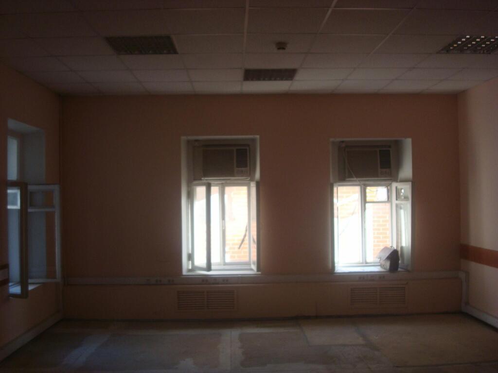 Сдаётся в аренду офисное помещение площадью 37,60 кв.м., 10200 руб.