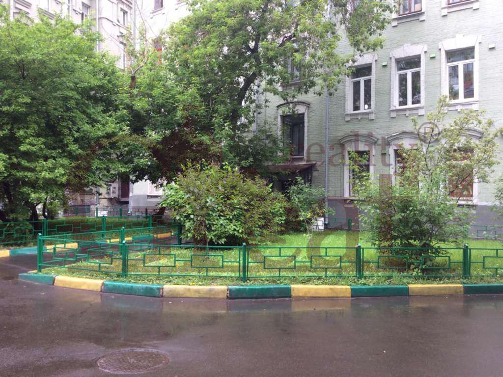 Москва, 5-ти комнатная квартира, ул. Арбат д.23с.2, 63000000 руб.