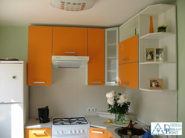 дизайн кухни в хрущевке 2 комнатной фото