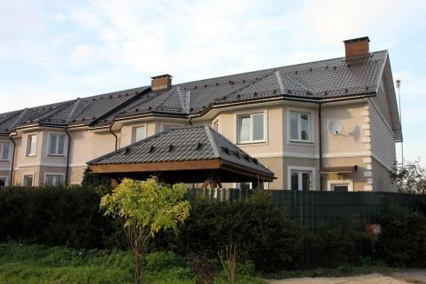 Дом построен, коммуникации подключены, свидетельсво получено., 12000000 руб.