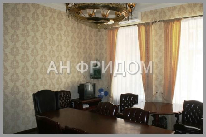 Офис с евроремонтом в 1 км от Кремля, 69000000 руб.
