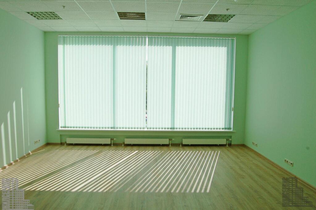 Офис 1870м в бизнес-центре у метро, ифнс 28, 18000 руб.