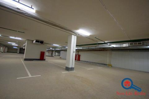 Машиноместо в подземном гараже на ул.Троицкой дом 5, 2100000 руб.
