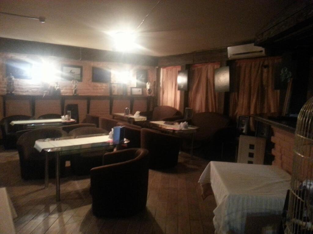 Полностью готовое кафе с оборудованием и мебелью в аренду., 13333 руб.