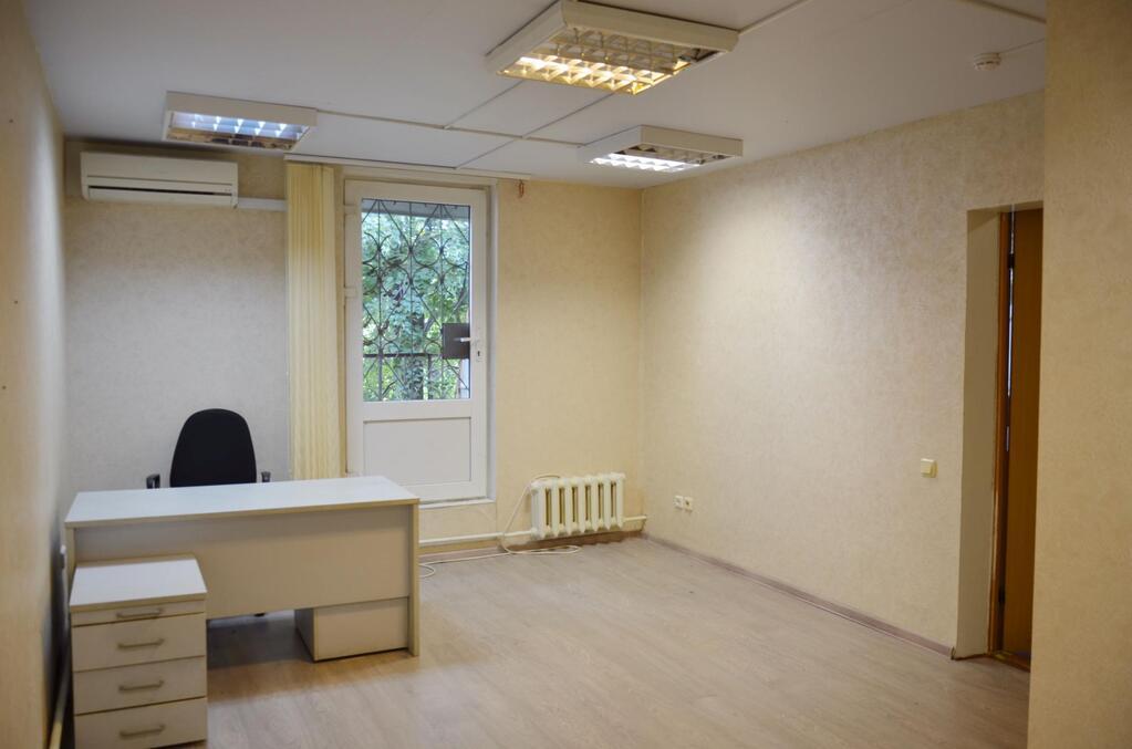 Сдается офисное помещение 17,7 кв.м, метро Новослободская, 17966 руб.