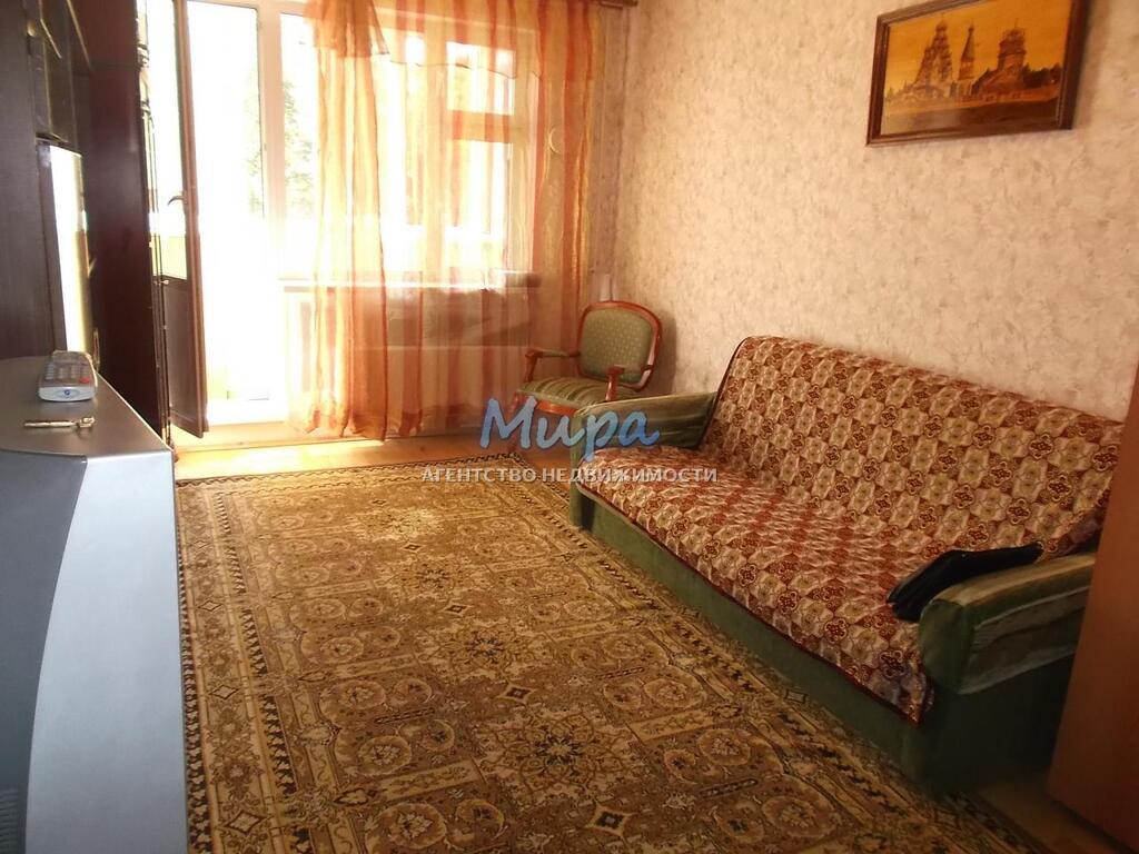 Артем! Сдается комната в двухкомнатной квартире. Квартира в отлично, 14000 руб.