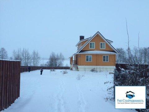 Дом в деревне на первой береговой линии водохранилища