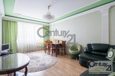 Продается 2-комн. квартира, м. Молодежная