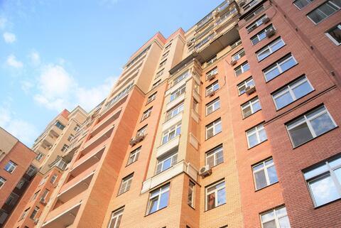 2-х комнатная квартира на Б.Академической.