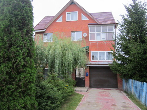 Продается 3 этажный дом и земельный участок в г. Ивантеевка