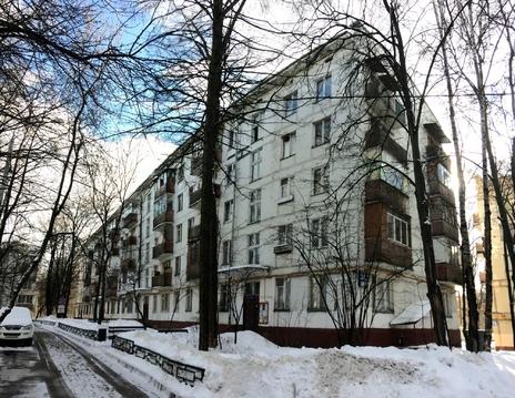 Сдается комната в 3 комн. кв. Балаклавский пр.34 к 2