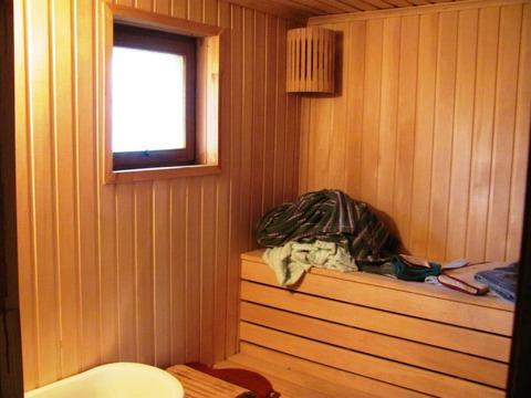Дача с возможностью проживания круглогодично, есть баня