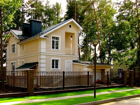 """Дом в """"Чистых прудах - 3"""" 265 кв.м."""