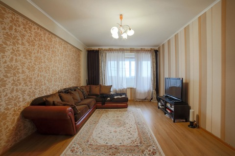 Продается 2-комнатная квартира в районе проспекта Вернадского