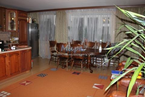 Олег. Сдается четырехкомнатная квартира в пешей доступности от станци