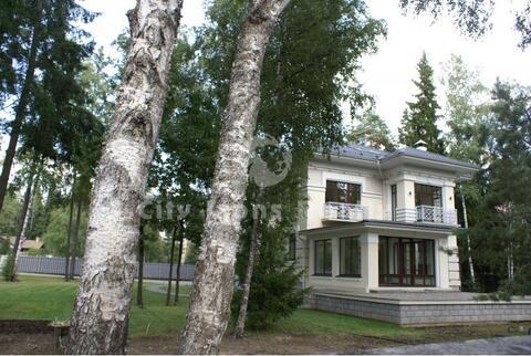 Рассудово, Киевское шоссе, 35 км от МКАД, Шикарный коттедж 643.0 кв.м.
