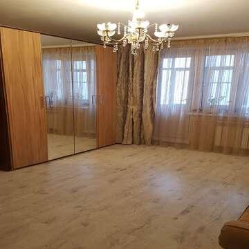 Продается 1 ком квартира с новым капитальным ремонтом.