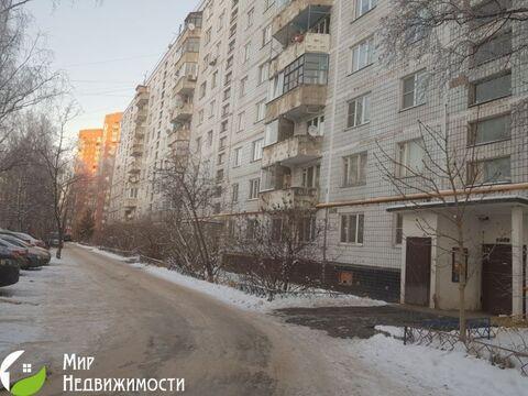 Продается 2 ком. квартира Космонавтов д.37