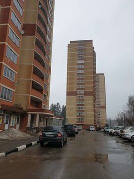 Продам двухкомнатную (2-комн.) квартиру, Березки мкр, 16, Жуково п