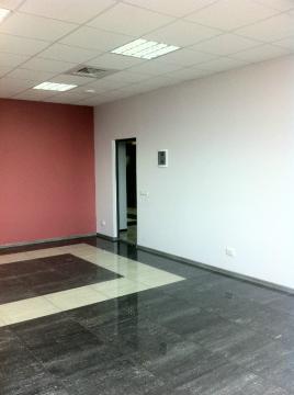 Помещение в торгово-офисном центре Альта.