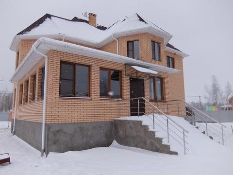 Новый кирпичный дом в д.Подлужье Коломенский р-н, евроотделка.