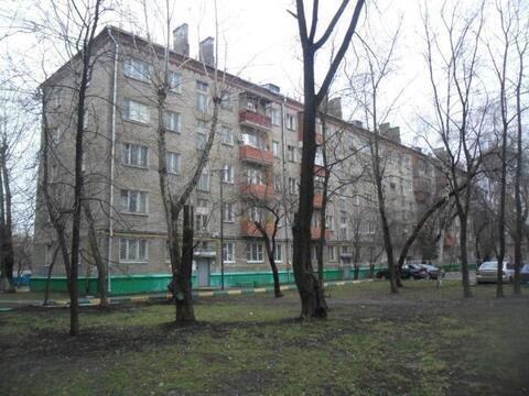 1к кв-ра 32кв метра, на 4/5эт кирп дома, ул Полбина, д58, метро Печатни