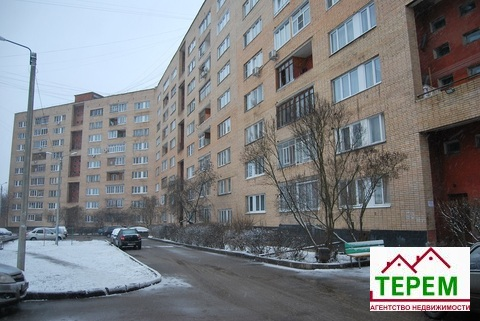 Продаётся 2-х комнатная квартира в г. Серпухове ул. Московское шоссе.