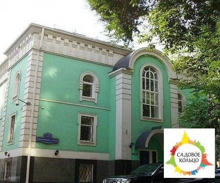 Предлагается особняк площадью 1 638,7 кв.м во второй линии домов. 5-т