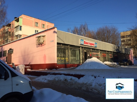 Действующий магазин 620 кв. на первой линии с 8 сотками земли