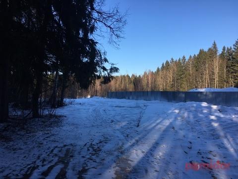 Земельный участок 15 соток ИЖС в поселке городского типа Смирновка