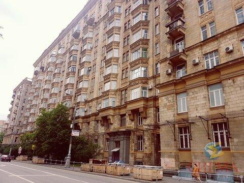 Продается 2-х комнатная квартира возле метро Динамо