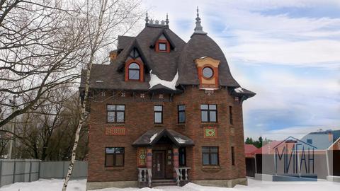 Великолепный дом в эксклюзивном стиле.