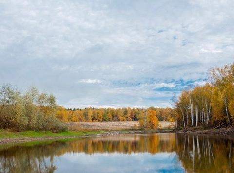 Успей купить Земельный участок на берегу красивого озера!
