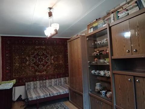Сдается однокомнатная квартира, есть три спальных места: тахта и сборн