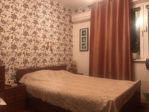 Продам трехкомнатную квартиру в Теплом Стане