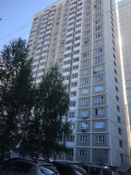 1 комнатная квартира ул.Героев- Панфиловцев, 17к2