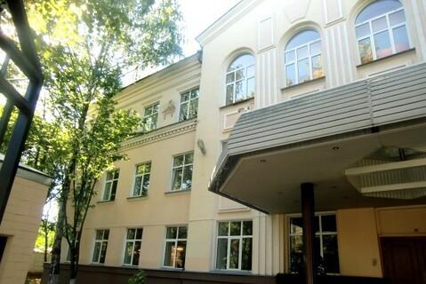 Офис 69, кв. м, ул. Ивана Бабушкина.