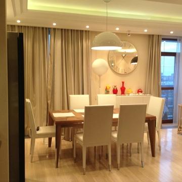 "4-комнатная квартира, 156 кв.м., в ЖК ""Мономах"""