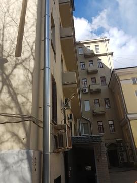Продажа трехкомнтаной квартиры в историческом доме!