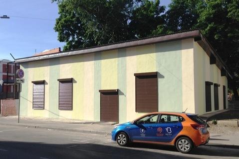 Здание 150 м2, 1 линия, 2 входа, потолки 4 м, свободная планировка
