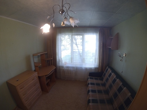 Сдается комната в трехкомнатной квартире.