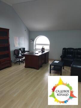 Предлагаем в аренду офисное светлое помещение на третьем этаже с двумя