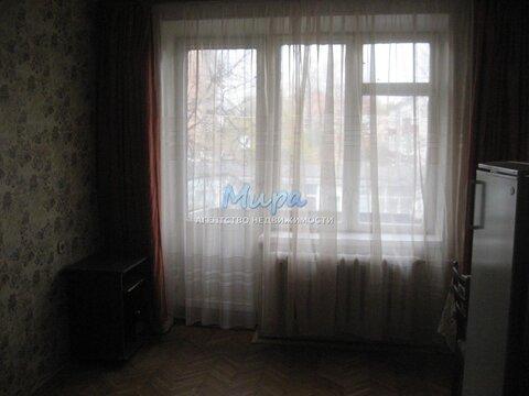 Александр. Комната в двухкомнатной квартире с мебелью и бытовой техни